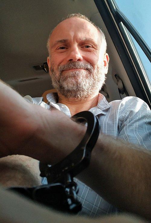Vězeň v Emirátech.
