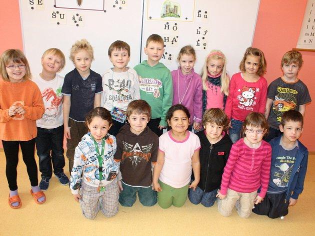 Prvňáčci ze Základní školy T.Šobra Písek.