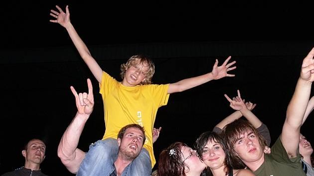 V letním kině se letos konalo několik úspěšných rockových koncertů