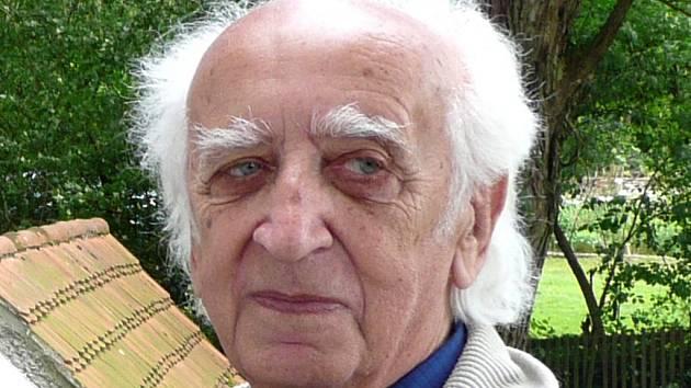 František Mikolášek.