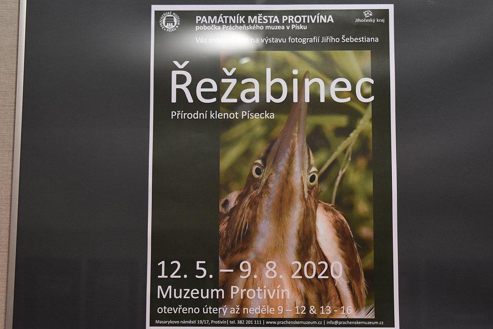 Památník města Protivína.