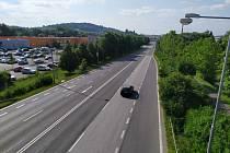 Během oprav by měl v každém směru zůstat průjezdný jeden jízdní pruh.