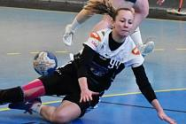 Písecká Michaela Boorová byla s 9 góly nejlepší střelkyní utkání, v němž  její tým vyhrál v Porubě 30:29.