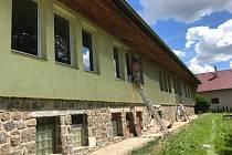 Mateřská škola v Klukách je po létě opravená.