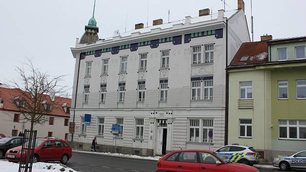 Infocentrum teď sídlí v budově bývalé spořitelny na náměstí E. Beneše v Milevsku.