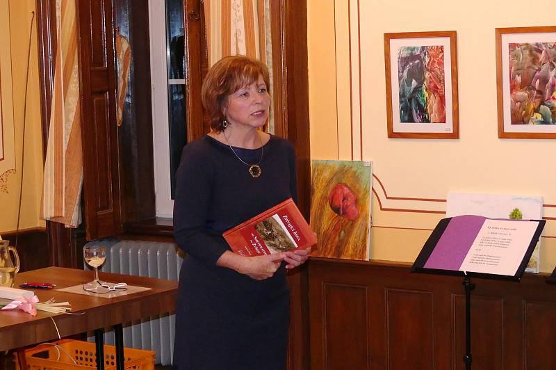 Křest knihy Zpívající řeka od Smetiprachu po Zvíkov  Jaroslavy Pixové.