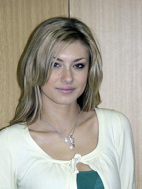 VELKÝ ÚSPĚCH. Aneta Faitová z Písku postoupila do finále České Miss 2008. Jak samá říká, tak velkou šanci chce  co nejvíce využít  a nehodlá ji promarnit.