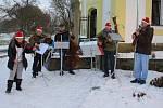 Kamarádi z Temešváru zahráli na křenovickém adventním jarmarku.