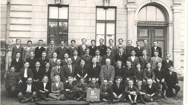 Školní rok 1937/1938.