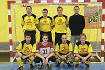 Mužstvo FC Davis (na snímku) vyhrálo dva zápasy pátého kola okresní soutěže - skupiny o postup ve futsale-FIFA a v tabulce je na třetím místě.