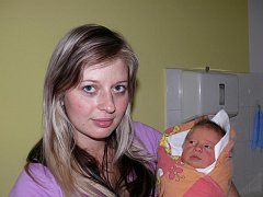 Aneta Pekařová, Kluky, 6. 11. 2011 v 11.29 hodin, 3300 g, 51 cm.