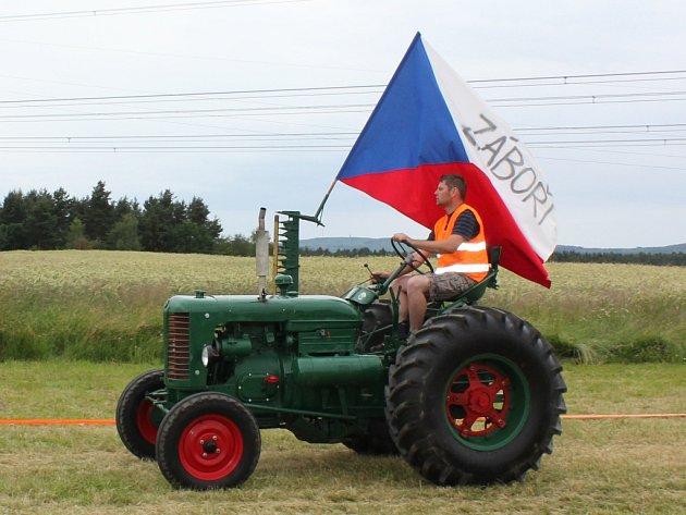 Setkání traktorů v Záboří.