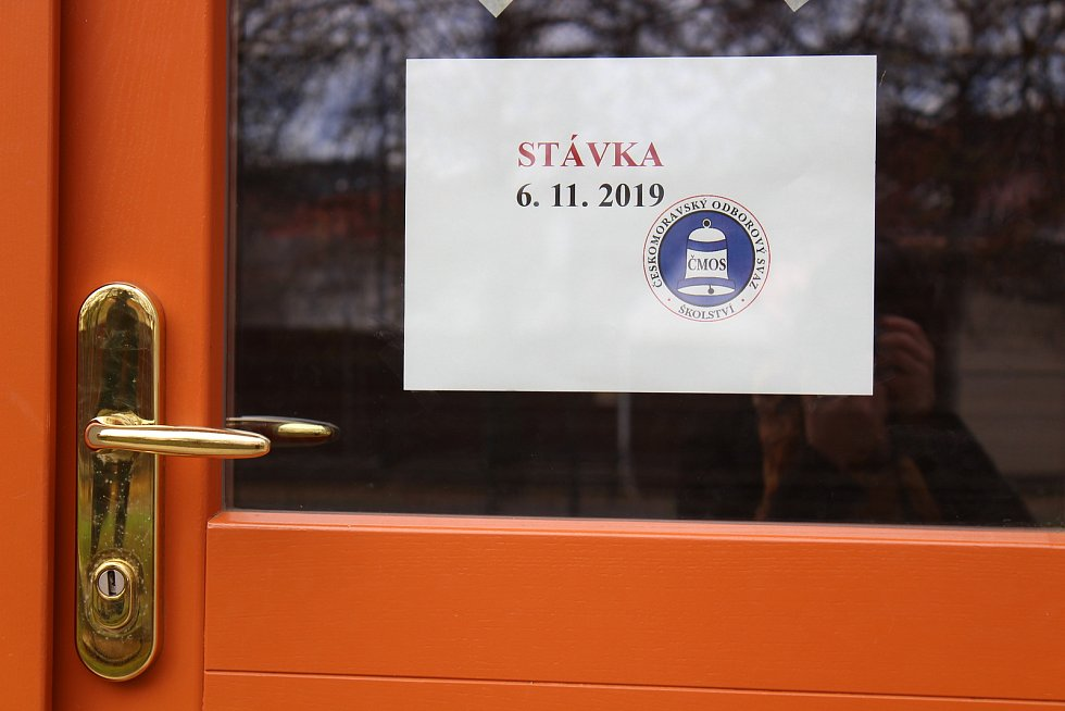 Stávka na ZŠ T. G. Masaryka Písek.