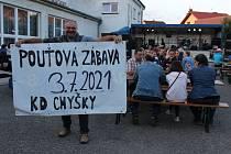 Výtěžek z  pouťové zábavy v Chyškách na Písecku poputuje na pomoc do moravských Hrušek.