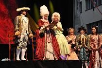 Městské slavnosti vždy nabídnou pestrý program plný hudby, tance, divadla i historie.