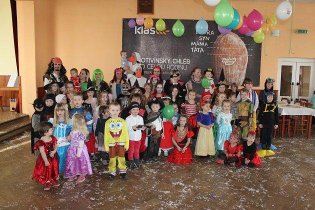 Karneval ve Zbelítově.