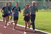 Písecký Jiří Jansa (na archivním snímku s číslem 28) vyhrál na Silvestrovském běhu v Jistebnici kategorii mužů 40 - 49 let, v absolutním pořadí skončil druhý.