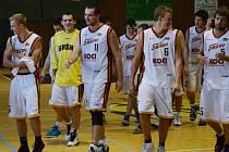 Druholigoví basketbalisté Sokola Sršni Písek sehráli další dva mistrovské zápasy na domácí palubovce, ve kterých ale na své soupeře nestačili.