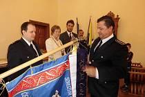 SDH Písek slaví 150. výročí. Jeho zástupce přijala na radnici  starostka Písku Eva Vanžurová.