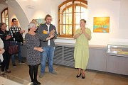 Výstava Obrazy bez názvů Lenky Pálkové.