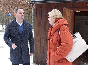Poslanec Jan Bauer navštívil Kulturní památku Lety