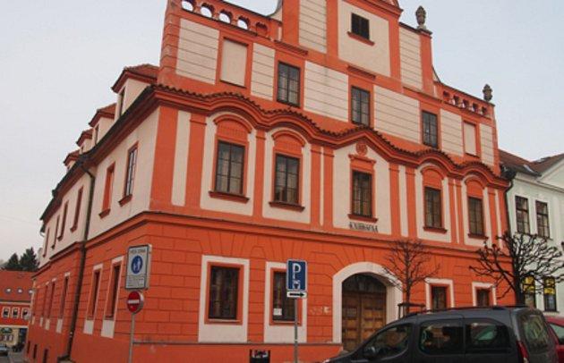 Budova Městské knihovny v Písku.