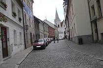 Drlíčov - písecká ulice, která vede z ulice Fráni Šrámka na Bakaláře ke kostelu Narození Panny Marie.