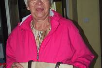 Helena Romerová darovala novou kabelku.