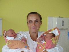 Natálie a Nikola Podešvovy, Písek, 2.7. 2001 v 1.14 a v 1.07, 2700 a 3050 g, 47 a 49 cm.