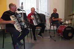 Setkání harmonikářů v Záhoří.