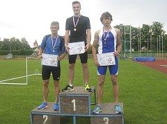 Na snímku je sprinter Pavel Gocala na nejvyšším stupínku za běh na 200 metrů.