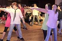 Mezi účastníky  byli také formace  pořádajícího Z.I.P. Snímek je  z kategorie Freestyle, ve  které se Zipáci  představili s choreografií ROCK–ec.