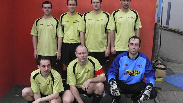 Tým AC Parta obsadil v tabulce okresní soutěže - skupiny o konečné umístění ve futsalu - FIFA pěkné druhé místo.