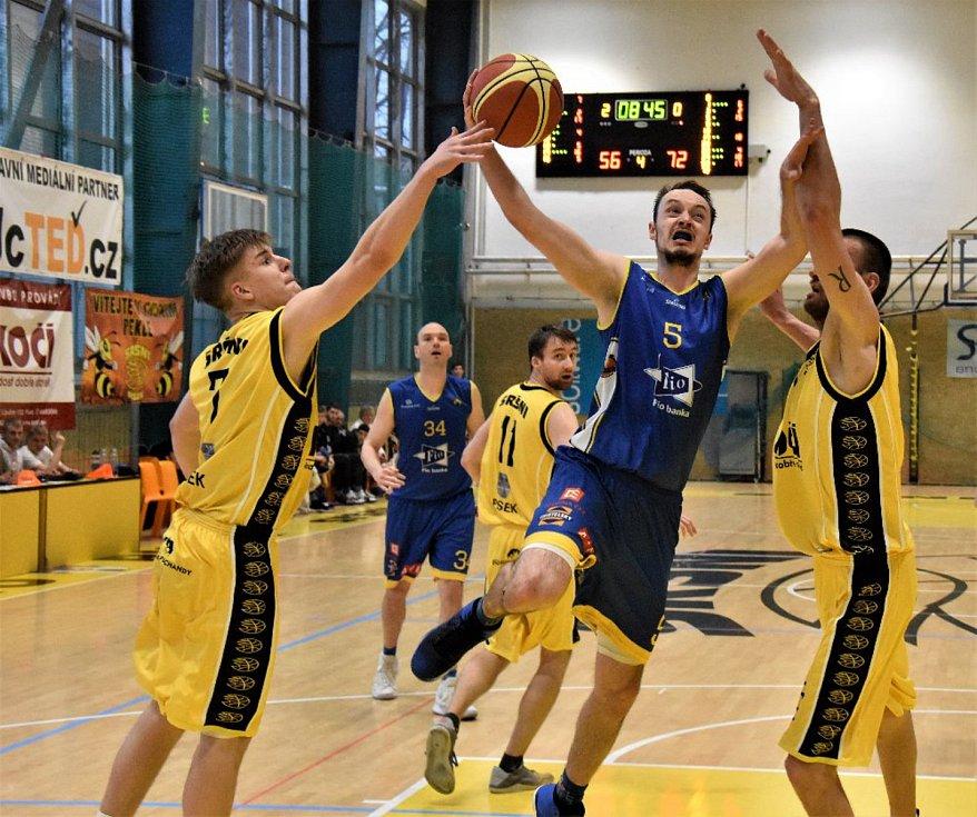 Fio basket Jindřichův Hradec vyhrál nad Pískem i v odvetě a postupuje do baráže o NBL.