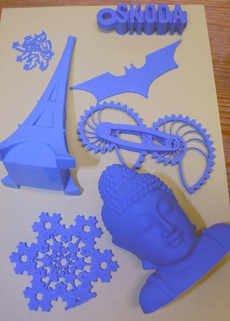 DETAIL. Na 3D tiskárně lze vyrobit výrobky různého druhu.