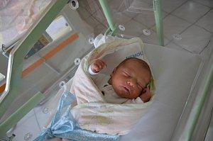 Antonín Šach zPísku. Prvorozený syn Barbory a Roberta Šachových se narodil 4. 10. 2018 v10.59 hodin, při narození vážil 3050 g a měřil 47 cm.