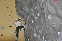 Soutěže Písecký pavouk pořádané lezeckým centrem LEZETOP Písek, se zúčastnila také osmiletá Natálie Pulajevová.