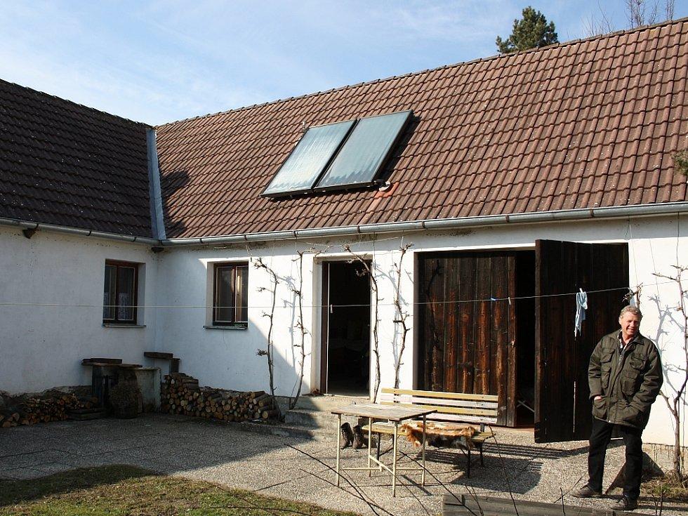 Současný stav domu v Jickovicích.