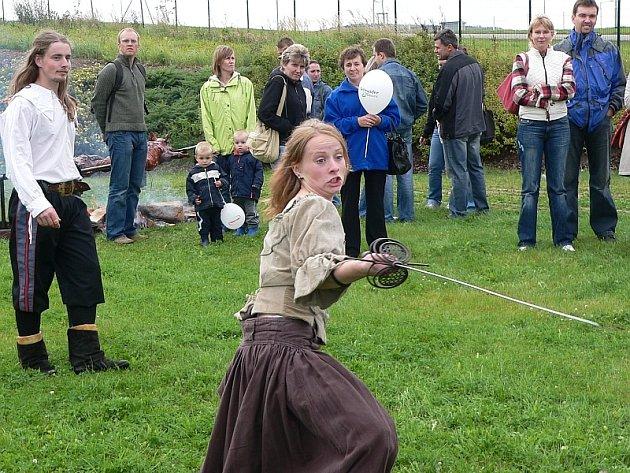 Šermířská skupina Berit z Vimperka vystoupila během dne několikrát.