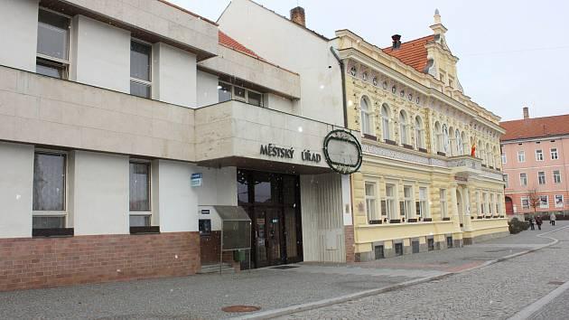 Milevská radnice. Ilustrační foto