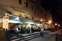 Café Restaurant u Kamenného mostu v Písku.