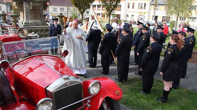Biskup Posád v Mirovicích.