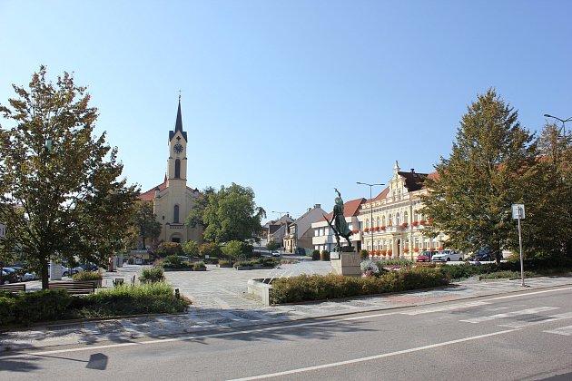 Milevské náměstí.