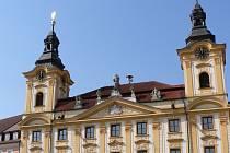 Historická budova radnice v Písku. Z balkonu radnice na Velkém náměstí v Písku vyhlásil redaktor František Hanzlíček samostatnou republiku již 14. října 1918.