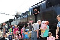 Do Ražic přijel parní vlak. Slavilo se 130. výročí tratě Tábor - Ražice.