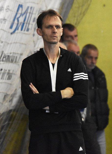 TRENÉR. I v této sezoně vede v Mol lize písecké házenkářky Vladislav Jordák.
