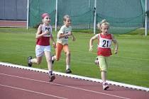 Ve středu se na atletickém stadionu v Písku uskutečnil již sedmý ročník závodu Písecký kilometr. Potěšila hlavně velká účast dětí v jednotlivých kategoriích.