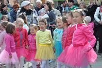 Na Bílou sobotu se v Písku konala Jarní slavnost na Kamenném mostě.