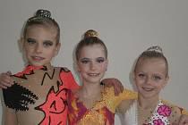 Na snímku jsou moderní gymnastky klubu RG Proactive Milevsko (zleva): Vivien Němečková, Linda Laláková a Sabina Kubíčková.