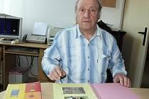 STAROSTA. Hlavou Královy Lhoty je Jiří Soukup, na snímku ve své kanceláři.